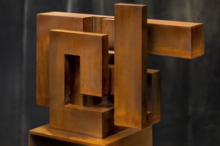 Constructivist sculpture made with corten steel with oxidized and waxed finish
