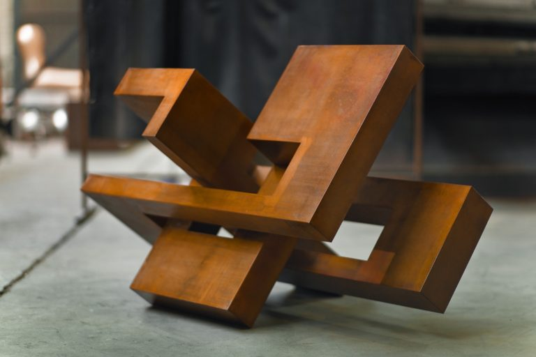 Arturo Berned's sculpture made from oxidized corten steel