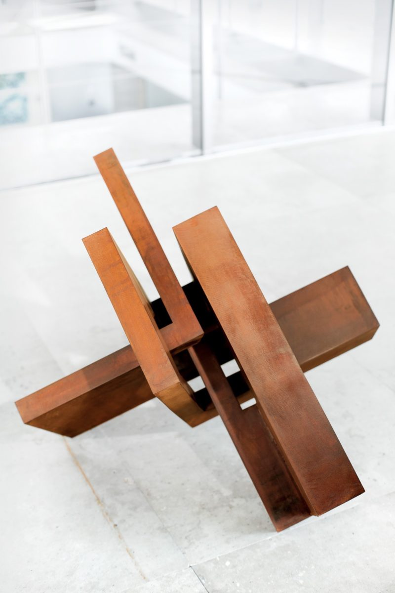 Arturo Berned's work made with oxidized stainless steel