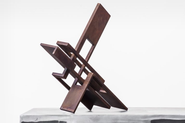 Arturo Berned's sculpture, made with corten steel with an oxidized finish