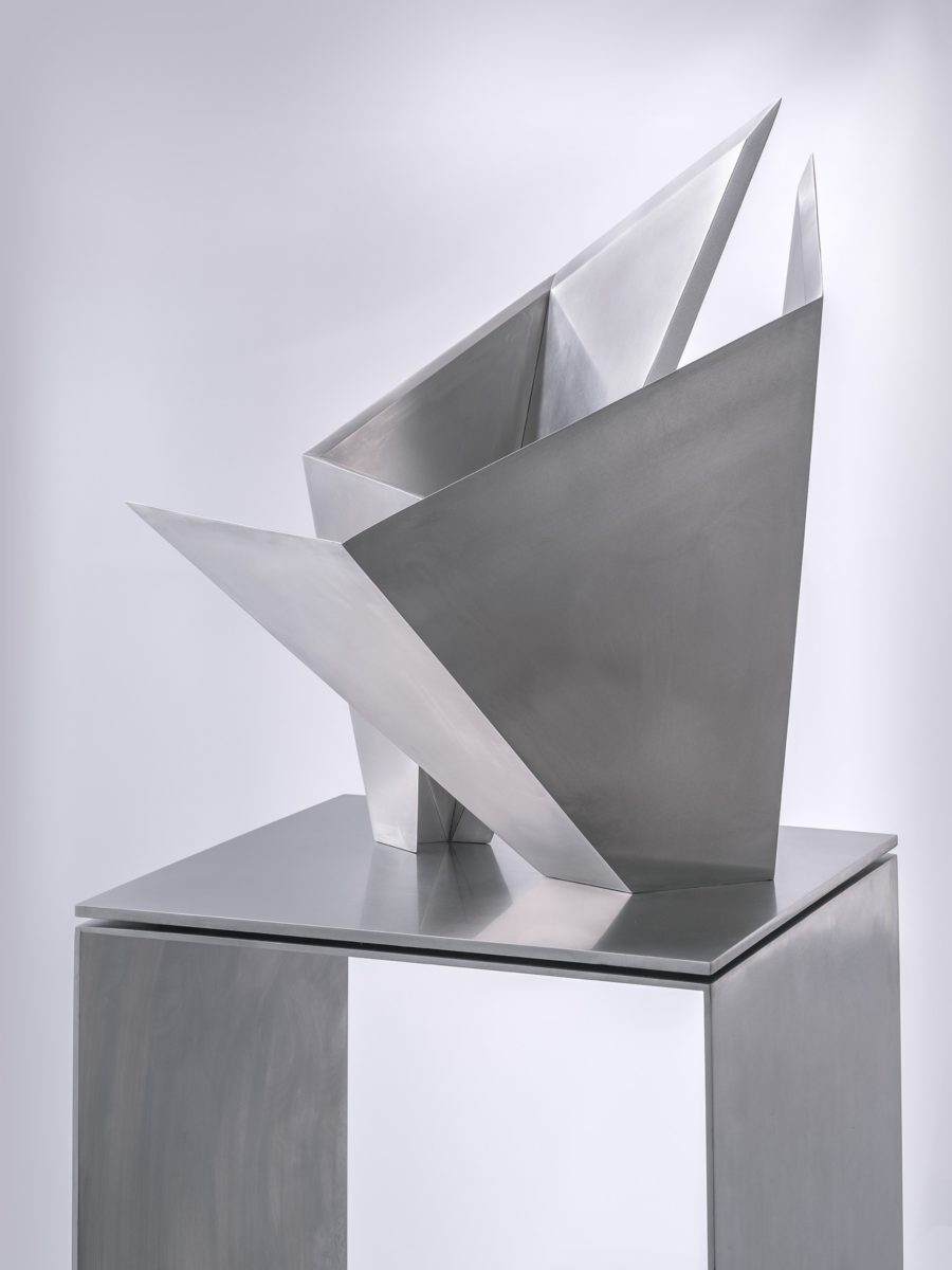 Arturo Berned's sculpture made with stainless steel in collaboration with Toyo Ito