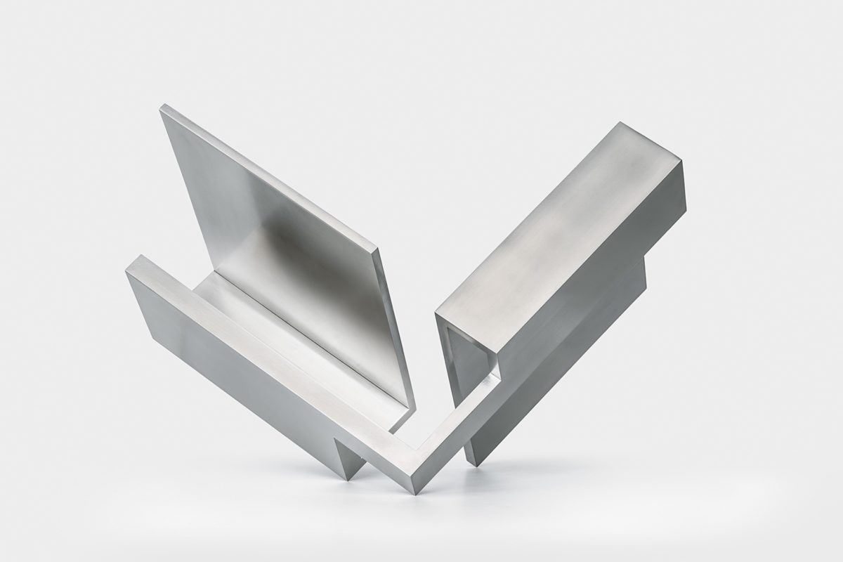 Stainless steel dilemma with polished finish