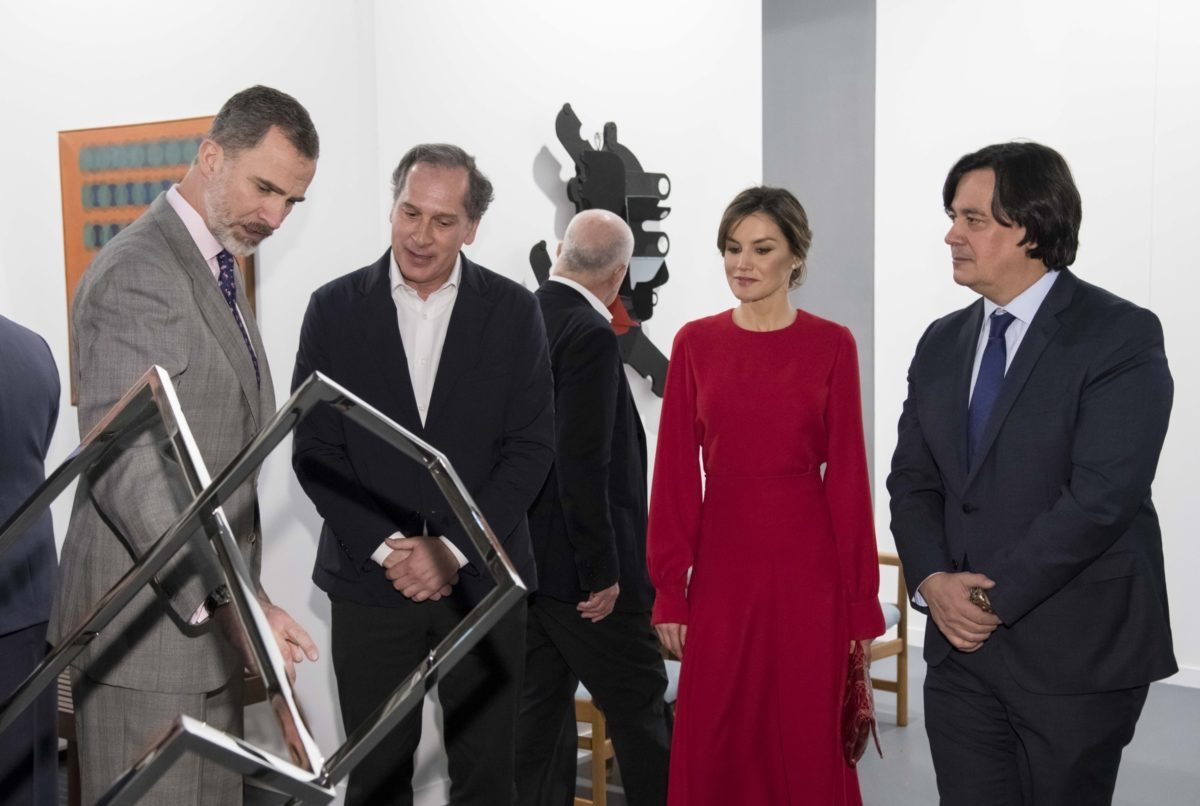 Arturo Berned at ARCO Madrid with Their Majesties The King and Queen of Spain